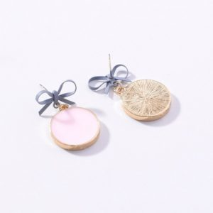 Bowknot Round Wafer Drop Earrings – Pink